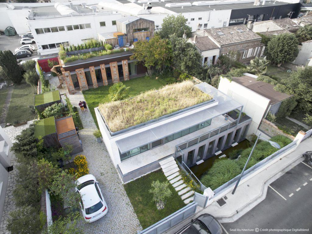 01 Seuil architecture - Vue aérienne - Crédit Ph. Digitalblend