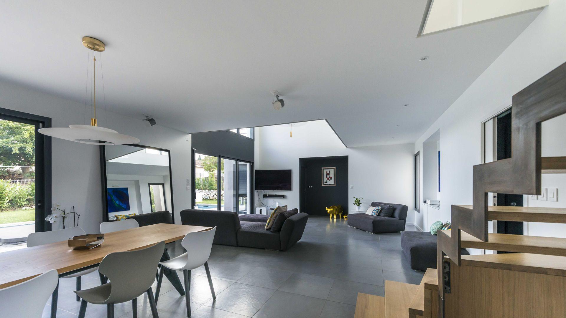 Seuil-architecture-maison-bioclimatique-Balma-Pièce-de-vie-slid-compressor